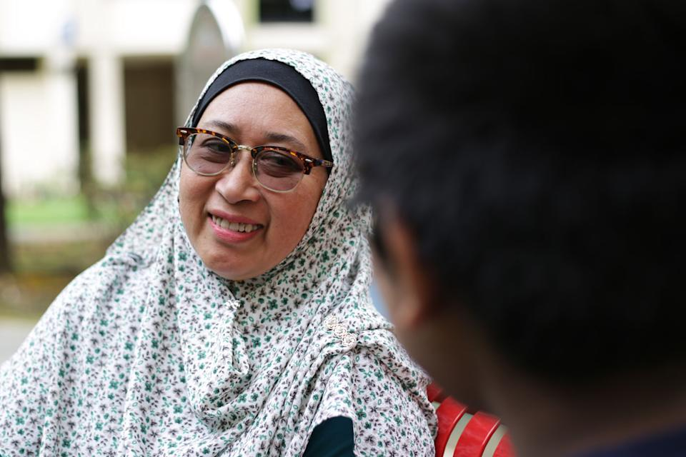 """Norlia Ali Marican, 53, has been a foster parent to six children. She is among the 470 foster parents registered here under the Ministry of Social and Family Development's fostering scheme. Read our story: <a href=""""https://bit.ly/369USQS"""" rel=""""nofollow noopener"""" target=""""_blank"""" data-ylk=""""slk:https://bit.ly/369USQS"""" class=""""link rapid-noclick-resp"""">https://bit.ly/369USQS</a> (PHOTO: Dhany Osman/Yahoo News Singapore)"""