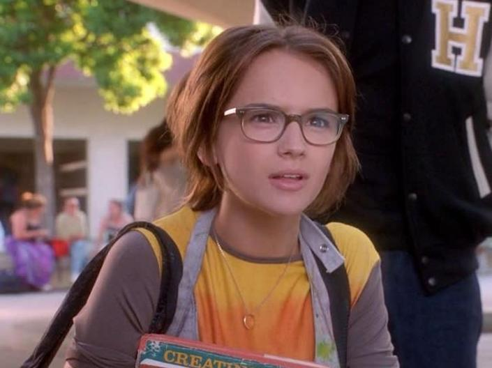 Glasses do not a nerd make: Rachel Leigh Cook in 'She's All That'Miramax Pictures