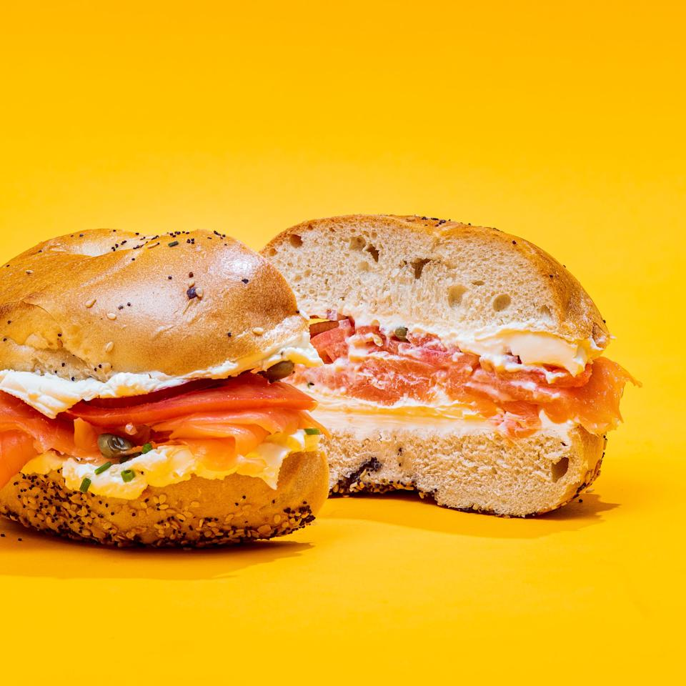 "<p><strong>Essa Bagel</strong></p><p>goldbelly.com</p><p><strong>$85.00</strong></p><p><a href=""https://go.redirectingat.com?id=74968X1596630&url=https%3A%2F%2Fwww.goldbelly.com%2Fessabagel%2Fnew-york-bagel-brunch-for-6&sref=https%3A%2F%2Fwww.townandcountrymag.com%2Fstyle%2Fhome-decor%2Fg33933277%2Fcozy-gifts%2F"" rel=""nofollow noopener"" target=""_blank"" data-ylk=""slk:Shop Now"" class=""link rapid-noclick-resp"">Shop Now</a></p><p>For some people, comfort food means fried chicken, collard greens, or birthday cake. For others, it comes in the form of New York bagels with cream cheese and lox, shipped straight to your door, wherever you are.</p>"