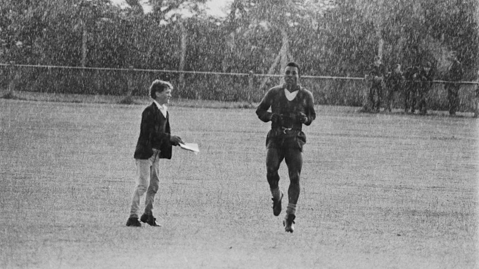 Pele In Bolton | Central Press/Getty Images