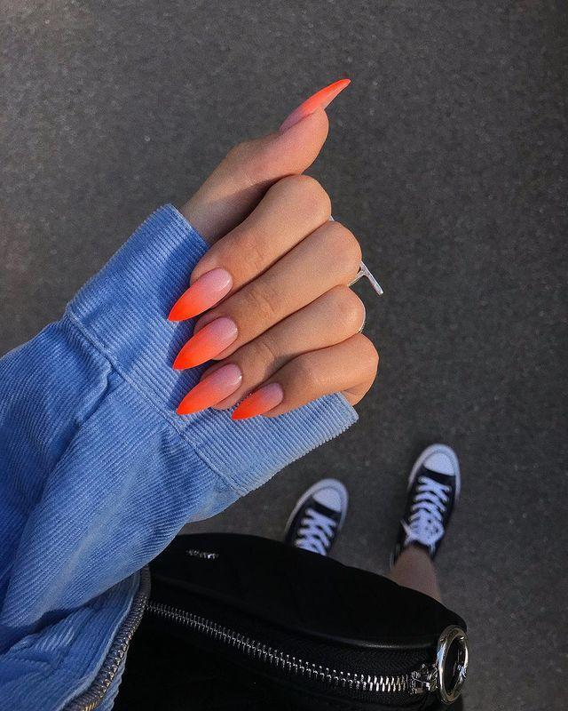 """<p>Proof that bright orange goes with any outfit. </p><p><a href=""""https://www.instagram.com/p/B0ToNSjgQPp/"""" rel=""""nofollow noopener"""" target=""""_blank"""" data-ylk=""""slk:See the original post on Instagram"""" class=""""link rapid-noclick-resp"""">See the original post on Instagram</a></p>"""