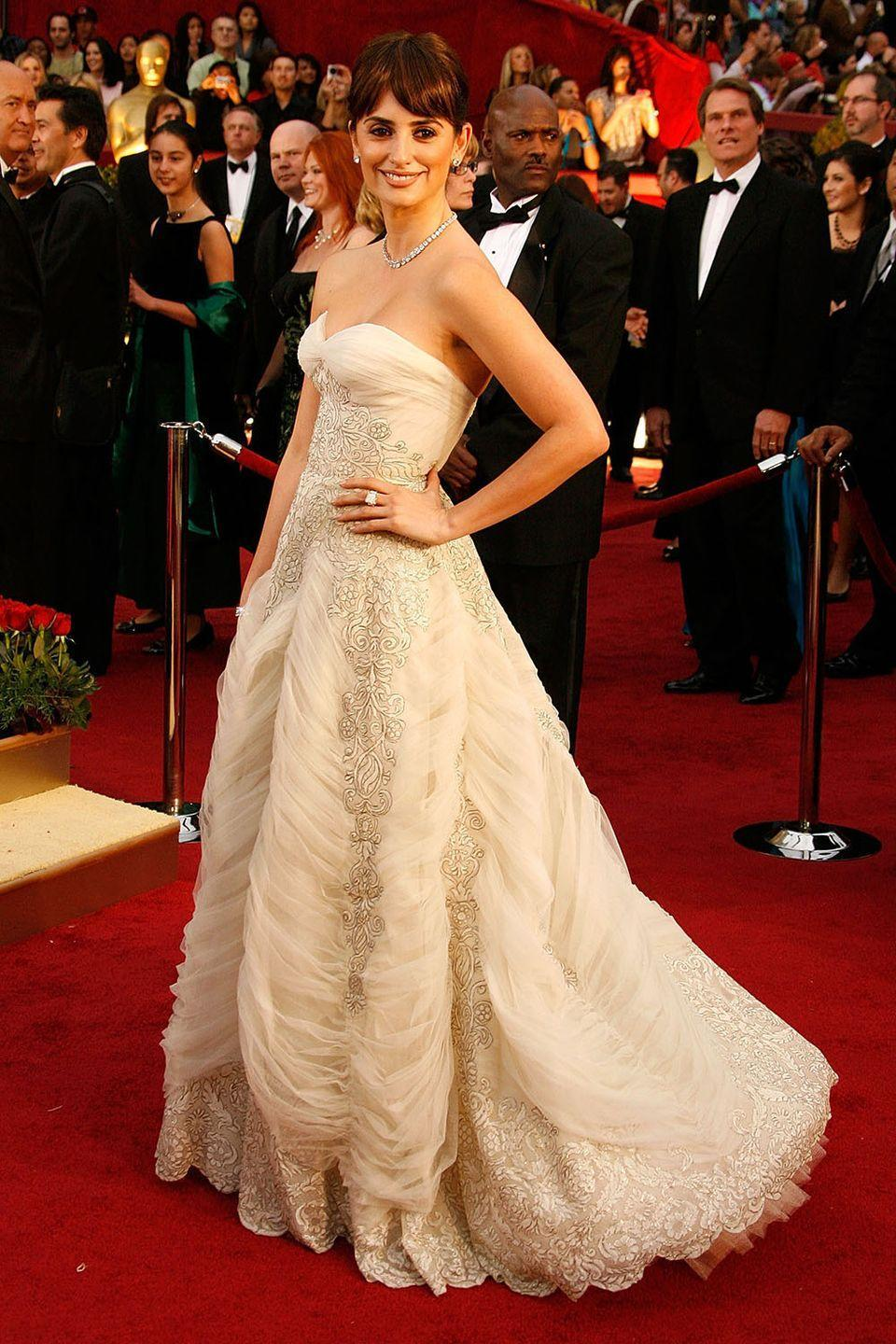<p>Penelope Cruz channeled a fairytale princess in a vintage Pierre Balmain gown when she won Best Supporting Actress for <em>Vicky Cristina Barcelona</em>.</p>