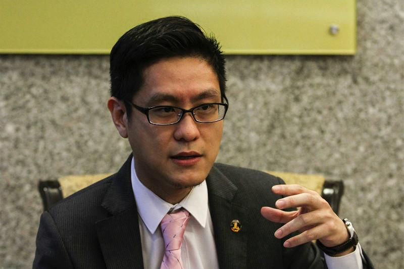 Zairil-Dyana 'fake photos' will cost DAP in GE14, pundits predict