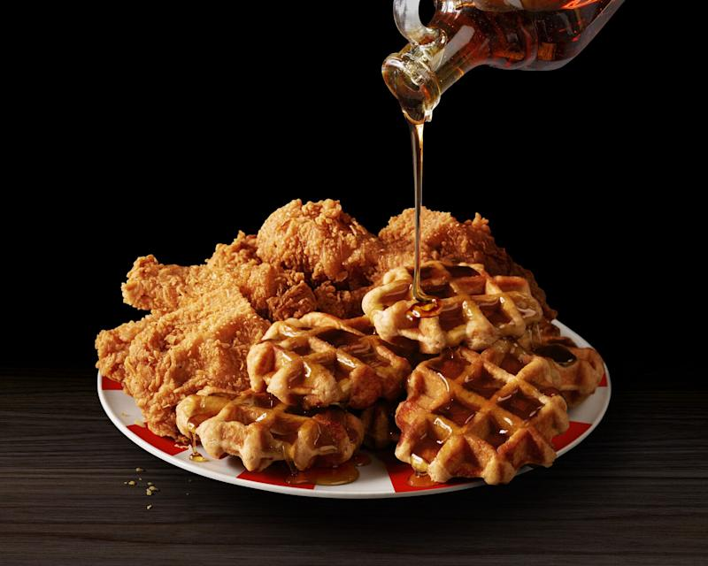Kentucky Fried Chicken & Waffles Platter (Courtesy: KFC)