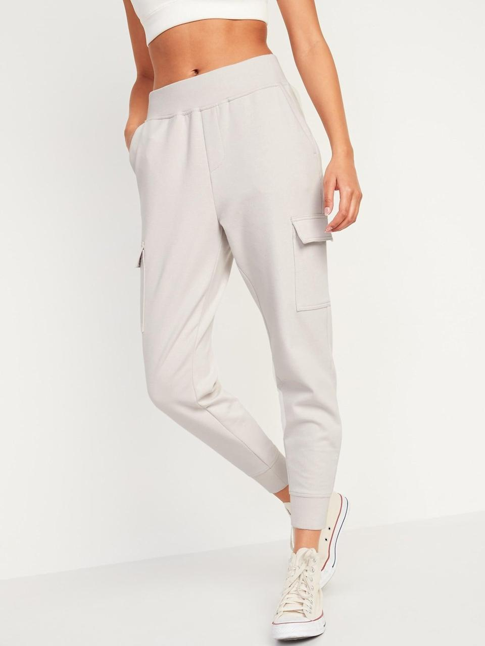 <p>If you need us, we'll be in these <span>Old Navy High-Waisted Dynamic Fleece Cargo Jogger Sweatpants</span> ($40).</p>