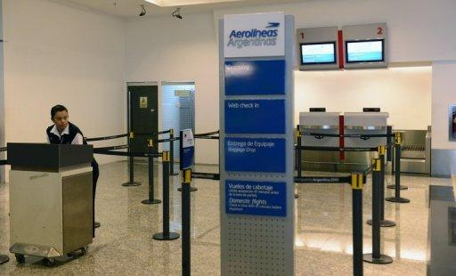 Domestic flights were canceled at the city's Aeroparque airport
