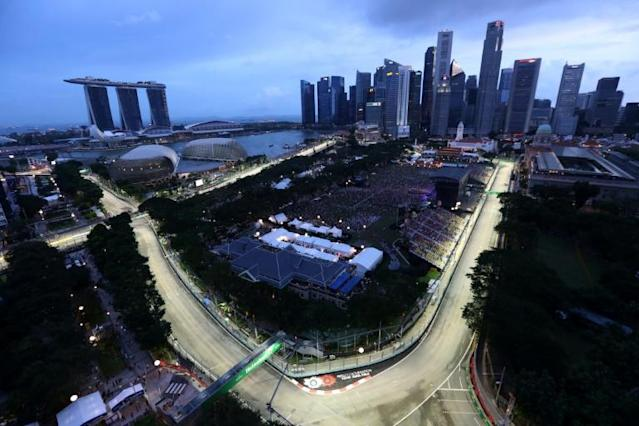 The Singapore street circuit snakes through the busy waterfront area (AFP Photo/STR)
