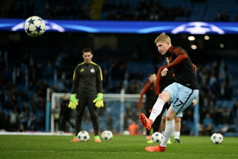 Manchester City's Kevin De Bruyne warms up ahead of their UEFA Champions League round of 16 1st leg match against Monaco, at the Etihad Stadium in Manchester, on February 21, 2017