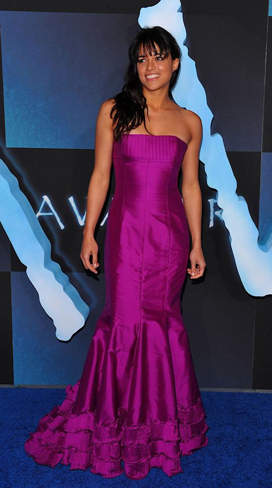 """<a href=""""http://movies.yahoo.com/movie/contributor/1800354386"""">Michelle Rodriguez</a> at the Los Angeles premiere of <a href=""""http://movies.yahoo.com/movie/1809804784/info"""">Avatar</a> - 12/16/2009"""