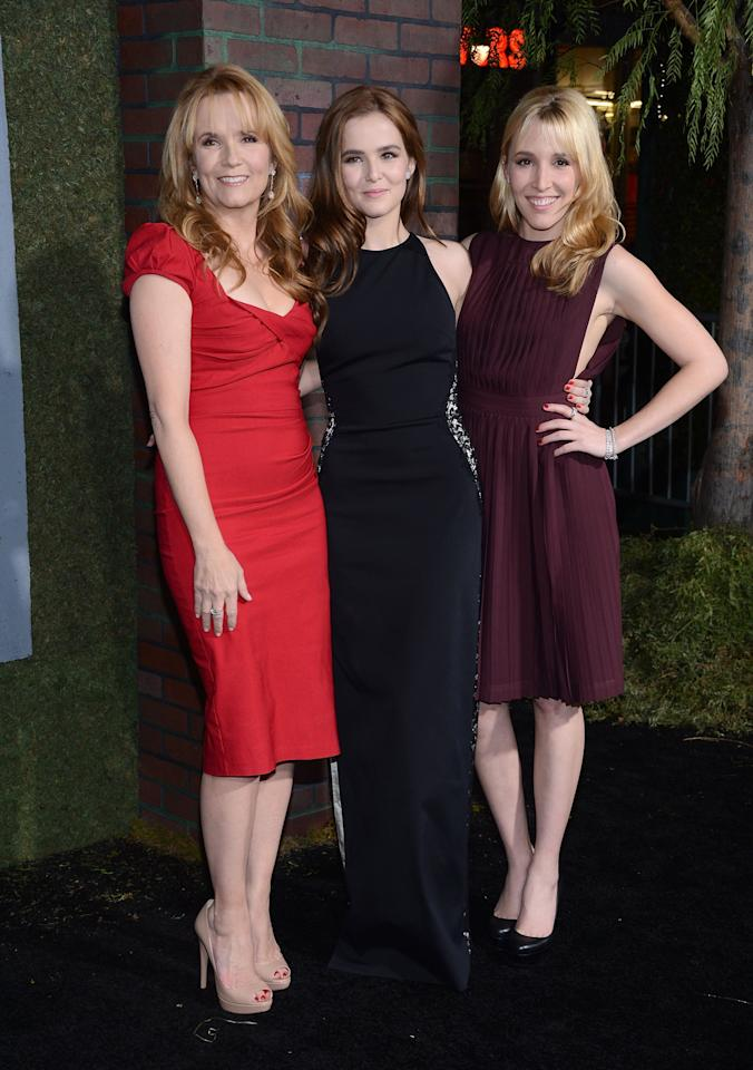 """HOLLYWOOD, CA - FEBRUARY 06:  Actress Lea Thompson, Zoey Deutch and Madelyn Deutch attend the premiere of Warner Bros. Pictures' """"Beautiful Creatures"""" at TCL Chinese Theatre on February 6, 2013 in Hollywood, California.  (Photo by Jason Kempin/Getty Images)"""