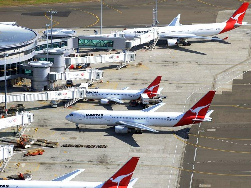Qantas says yields to be lower in H1 2013