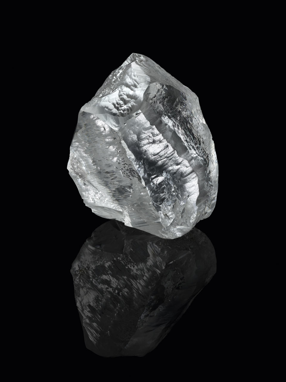 The Sethunya diamond. (PHOTO: Louis Vuitton)