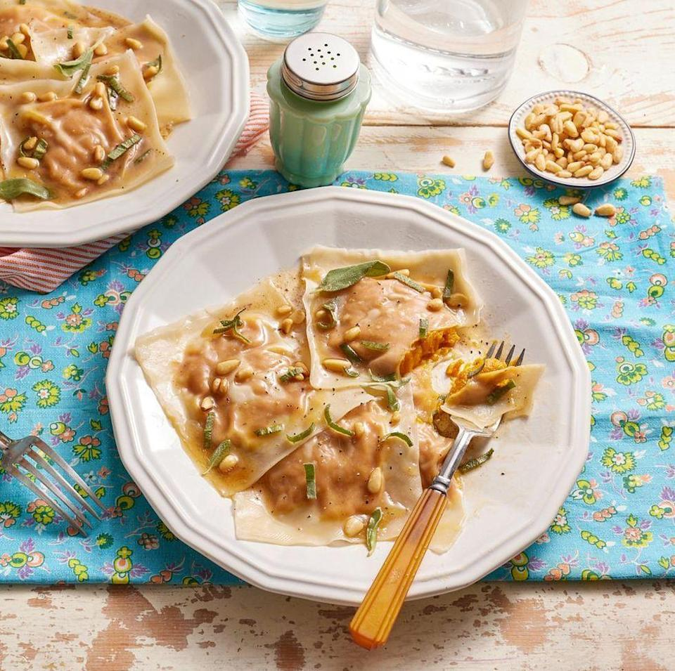 """<p>Light, delicate, and elegant—no one will even know that the wonton wrappers used to make this fall ravioli are actually easy to work with. </p><p><strong><a href=""""https://www.thepioneerwoman.com/food-cooking/recipes/a11879/pumpkin-ravioli/"""" rel=""""nofollow noopener"""" target=""""_blank"""" data-ylk=""""slk:Get the recipe."""" class=""""link rapid-noclick-resp"""">Get the recipe.</a></strong></p><p><a class=""""link rapid-noclick-resp"""" href=""""https://go.redirectingat.com?id=74968X1596630&url=https%3A%2F%2Fwww.walmart.com%2Fsearch%3Fq%3Dpioneer%2Bwoman%2Bplates&sref=https%3A%2F%2Fwww.thepioneerwoman.com%2Ffood-cooking%2Fmeals-menus%2Fg37320750%2Fthanksgiving-appetizers%2F"""" rel=""""nofollow noopener"""" target=""""_blank"""" data-ylk=""""slk:SHOP PLATES"""">SHOP PLATES</a></p>"""
