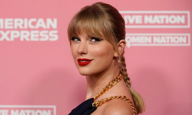 Taylor Swift arrives on the red carpet for the Billboard Women in Music awards, Los Angeles, 12 December 2019.