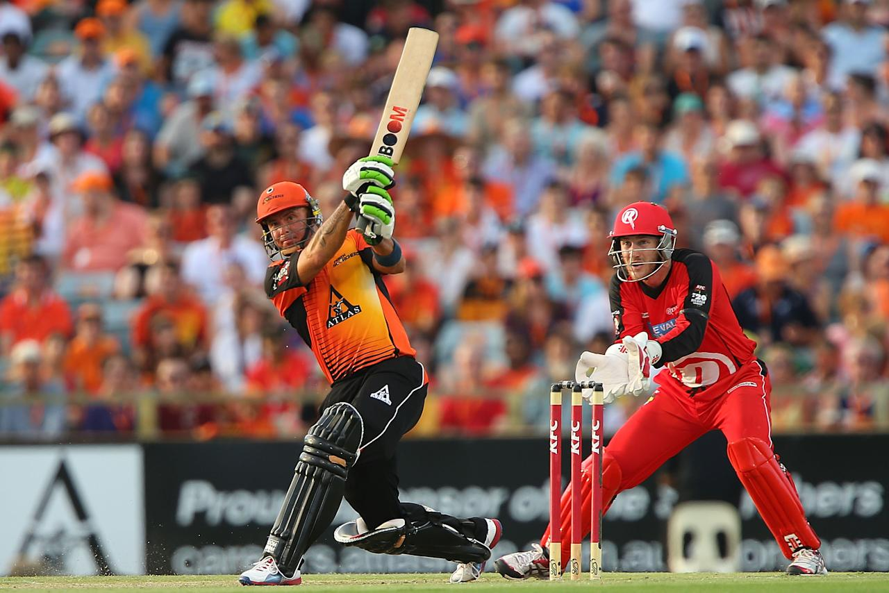 PERTH, AUSTRALIA - DECEMBER 29:  Herschelle Gibbs of the Scorchers hits a six during the Big Bash League match between the Perth Scorchers and the Melbourne Renegads at WACA on December 29, 2012 in Perth, Australia.  (Photo by Paul Kane/Getty Images)