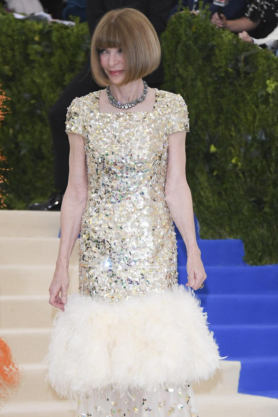 """<p>It's up to Anna Wintour. <a href=""""https://www.popsugar.com/fashion/Anna-Wintour-Leaving-Vogue-44716638"""" class=""""link rapid-noclick-resp"""" rel=""""nofollow noopener"""" target=""""_blank"""" data-ylk=""""slk:The Vogue editor"""">The <strong>Vogue</strong> editor</a> doesn't just approve the guest list, but also the seating charts and everyone's outfits. Monday night at the Met is for Hollywood's elite, including iconic singers like Cher and <a class=""""link rapid-noclick-resp"""" href=""""https://www.popsugar.com/Madonna"""" rel=""""nofollow noopener"""" target=""""_blank"""" data-ylk=""""slk:Madonna"""">Madonna</a>, and many of the same actors who show up to <strong>Vanity Fair</strong>'s afterparty following the Oscars. Of course, supermodels, designers, photographers, and even royals like Queen Rania of Jordan attend, too. Anna Wintour and <a href=""""https://www.popsugar.com/fashion/Bee-Shaffer-Engagement-Ring-43492513"""" class=""""link rapid-noclick-resp"""" rel=""""nofollow noopener"""" target=""""_blank"""" data-ylk=""""slk:her daughter Bee Shaffer"""">her daughter Bee Shaffer</a> are always first to arrive, in order to oversee every detail.</p>"""