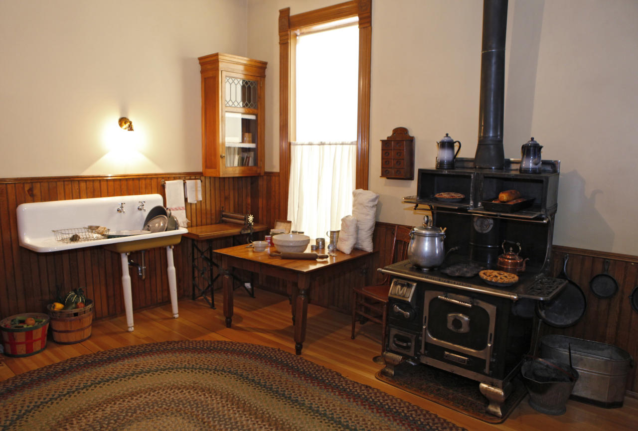 "This March 19, 2012 photo shows the kitchen in the Molly Brown House Museum in Denver. A few blocks from Colorado's state Capitol _ over 1700 miles from the Atlantic Ocean and a mile above sea level _ is a museum dedicated to a woman eclipsed by legend following the sinking of the Titantic. The ""unsinkable Molly Brown"" moved into this stone Victorian home after she and her husband struck it rich at a gold mine in Colorado's mountains, nearly 20 years before she boarded the Titanic because it was the first boat she could get back home to visit her ailing grandson. (AP Photo/Ed Andrieski)"