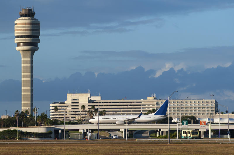 On-Duty TSA Agent Dies in 'Apparent Suicide' at Orlando International Airport