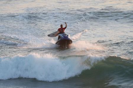 Surfing: Brazil fires warning shot in Olympic qualifier