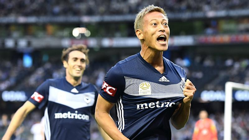 Japan's Keisuke Honda urges Man United to sign him