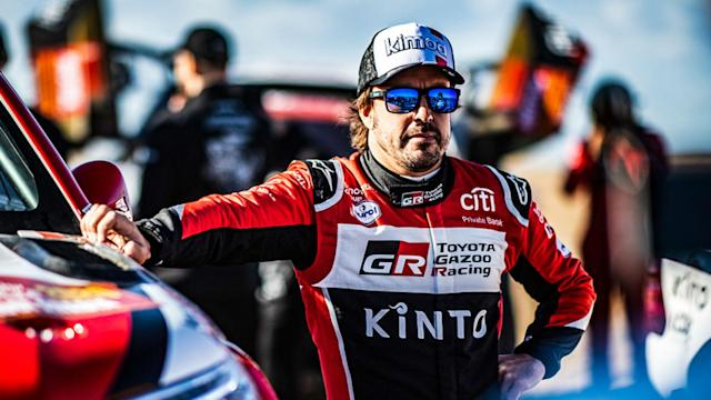 A crash hindered Fernando Alonso in stage 10 at the Dakar Rally, but the veteran driver continued to race without a windshield.