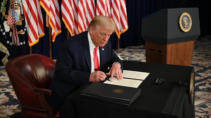 Trump signs executive orders extending financial relief for Americans amid pandemic
