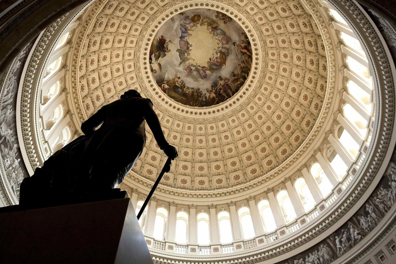 A statue stands in the Capitol Rotunda on Capitol Hill in Washington in this July 31, 2011 file photo. December 2, 2013 marks the 150th anniversary of the completion of the Capitol Dome REUTERS/Joshua Roberts/Files (UNITED STATES - Tags: POLITICS SOCIETY ANNIVERSARY)
