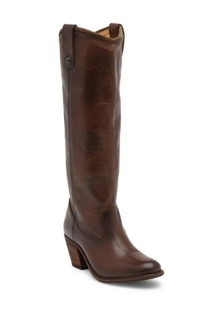 "<br><br><strong>Frye</strong> Jackie Button Boot, $, available at <a href=""https://go.skimresources.com/?id=30283X879131&url=https%3A%2F%2Fwww.nordstromrack.com%2Fshop%2Fproduct%2F2678679%2Ffrye-jackie-button-boot"" rel=""nofollow noopener"" target=""_blank"" data-ylk=""slk:Nordstrom Rack"" class=""link rapid-noclick-resp"">Nordstrom Rack</a>"