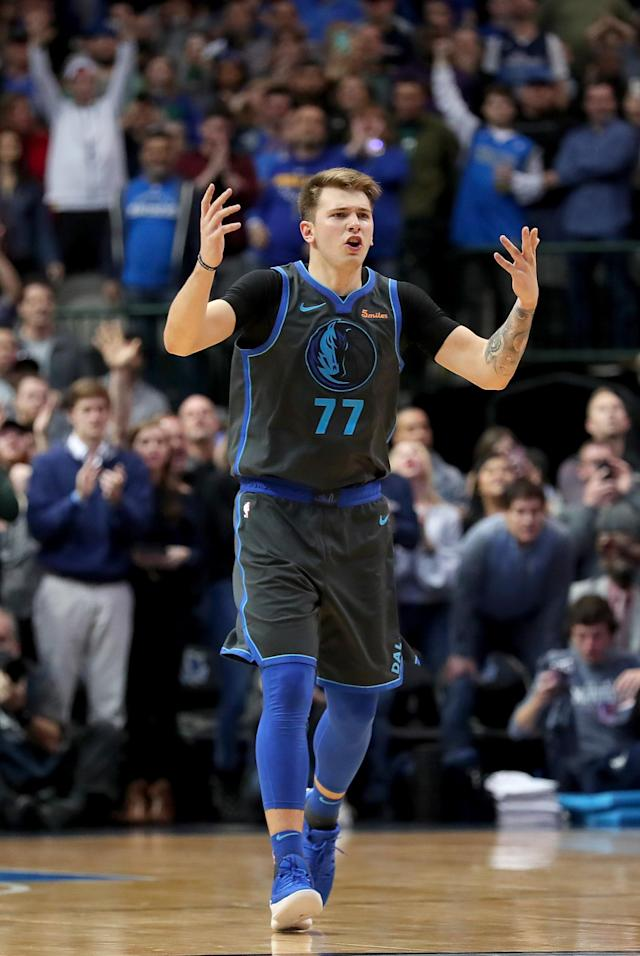 DALLAS, TX - NOVEMBER 17: Luka Doncic #77 of the Dallas Mavericks reacts in the final seconds of the game as the Dallas Mavericks beat the Golden State Warriors 112-109 at American Airlines Center on November 17, 2018 in Dallas, Texas. (Photo by Tom Pennington/Getty Images)