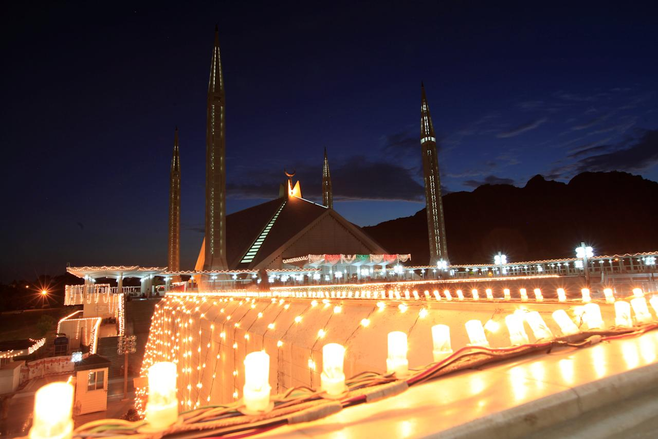 "The Faisal Mosque is seen illuminated on Laylat al-Qadr or ""Night of Decree"", during the Muslim holy month of Ramadan in Islamabad, Pakistan June 22, 2017. REUTERS/Faisal Mahmood"