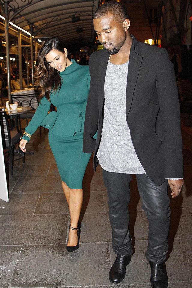 Kim Kardashian and Kanye West in Rome, photograped in the restaurant Il Bolognese and in the H'Errys Nar in Via Veneto. Pictured: Kim Kardashian and Kanye West  Ref: SPL448851  181012  Picture by: Belmonte/Scarfone/Splash News   Splash News and Pictures Los Angeles:310-821-2666 New York:212-619-2666 London:870-934-2666 photodesk@splashnews.com