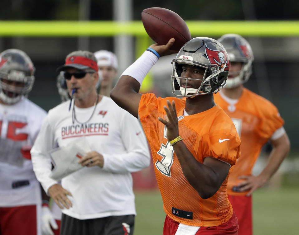 Jameis Winston apologized to his teammates for missing three games this season due to a suspension. (AP)