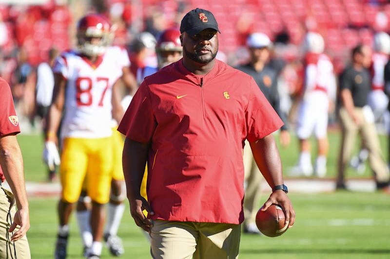 Vols legend Tee Martin returning to Tennessee as coach, report says