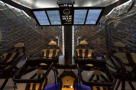 File Photo: The cabin of the Dragon V2 spacecraft is pictured after it was unveiled in Hawthorne, California May 29, 2014. REUTERS/Mario Anzuoni/File Photo