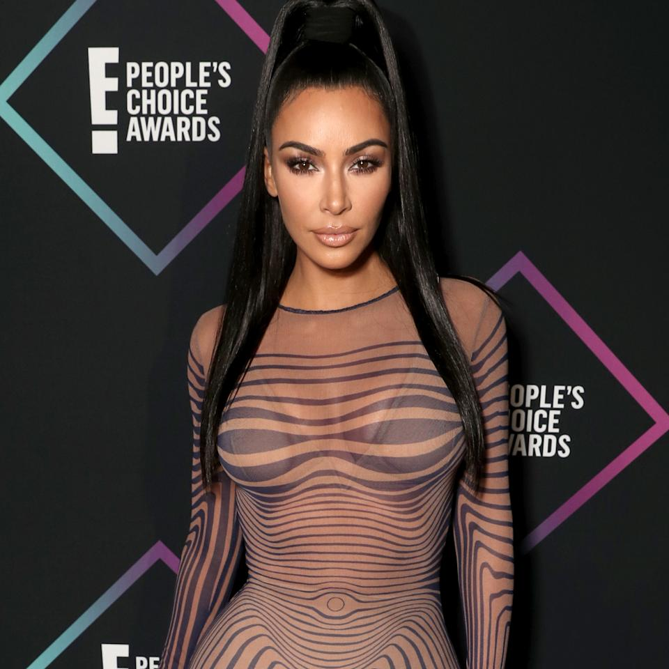 kim kardashian at the people's choice awards