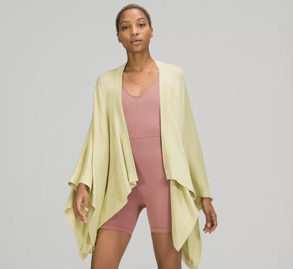 """<p><strong>Lululemon</strong></p><p>lululemon.com</p><p><strong>$39.00</strong></p><p><a href=""""https://go.redirectingat.com?id=74968X1596630&url=https%3A%2F%2Fshop.lululemon.com%2Fp%2Fwomen-sweaters-and-wraps%2FOpen-Mind-Wrap-MD%2F_%2Fprod10080177&sref=https%3A%2F%2Fwww.seventeen.com%2Flife%2Ffriends-family%2Fg722%2Fbest-holiday-gifts-for-mom%2F"""" rel=""""nofollow noopener"""" target=""""_blank"""" data-ylk=""""slk:Shop Now"""" class=""""link rapid-noclick-resp"""">Shop Now</a></p><p>This warming winter wrap is the ultimate luxury gift. Plus, it'll add a dose of style to every cozy winter outfit.</p>"""