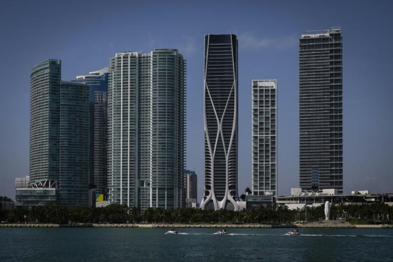 Zaha Hadid's One Thousand Museum building (C, with curved lines) is now the architectural highlight of the Miami skyline (AFP Photo/Eva Marie UZCATEGUI)