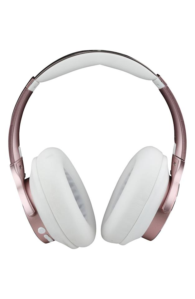 "<p>We like that these <a href=""https://www.popsugar.com/buy/Altec-Lansing-ComfortQ-Active-Noise-Canceling-Wireless-Headphones-557063?p_name=Altec%20Lansing%20ComfortQ%2B%20Active%20Noise%20Canceling%20Wireless%20Headphones&retailer=shop.nordstrom.com&pid=557063&price=100&evar1=savvy%3Aus&evar9=47312333&evar98=https%3A%2F%2Fwww.popsugar.com%2Fsmart-living%2Fphoto-gallery%2F47312333%2Fimage%2F47312338%2FAltec-Lansing-ComfortQ-Active-Noise-Canceling-Wireless-Headphones&list1=shopping%2Cgadgets%2Cheadphones&prop13=mobile&pdata=1"" rel=""nofollow"" data-shoppable-link=""1"" target=""_blank"" class=""ga-track"" data-ga-category=""Related"" data-ga-label=""https://shop.nordstrom.com/s/altec-lansing-comfortq-active-noise-canceling-wireless-headphones/5548199/full?origin=keywordsearch-personalizedsort&amp;breadcrumb=Home%2FAll%20Results&amp;color=rose%20gold"" data-ga-action=""In-Line Links"">Altec Lansing ComfortQ+ Active Noise Canceling Wireless Headphones</a> ($100) are rose gold!</p>"