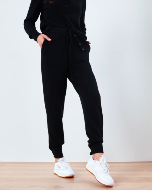 "<h2>Quince Mongolian Cashmere Sweatpants</h2><br>This new-ish luxury-goods brand has some of the jaw-droppingly lowest prices on cashmere that we've seen — including these classic black joggers, which clock in at less than $90.<br><br><strong>Quince</strong> Mongolian Cashmere Sweatpants, $, available at <a href=""https://go.skimresources.com/?id=30283X879131&url=https%3A%2F%2Fwww.onequince.com%2Fwomen%2Fcashmere%2Fmongolian-cashmere-sweatpants%3Fcolor%3Dblack"" rel=""nofollow noopener"" target=""_blank"" data-ylk=""slk:Quince"" class=""link rapid-noclick-resp"">Quince</a>"