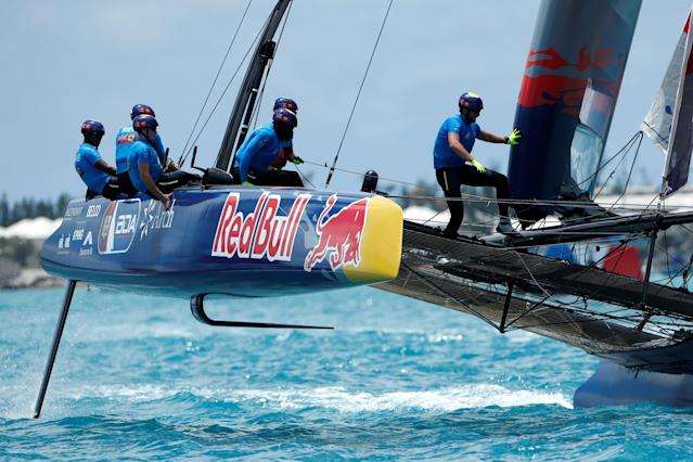 Sailing - Youth America's Cup finals - Hamilton, Bermuda - June 20, 2017 - Team BDA (Bermuda) competes in race one during day one of finals. REUTERS/Mike Segar