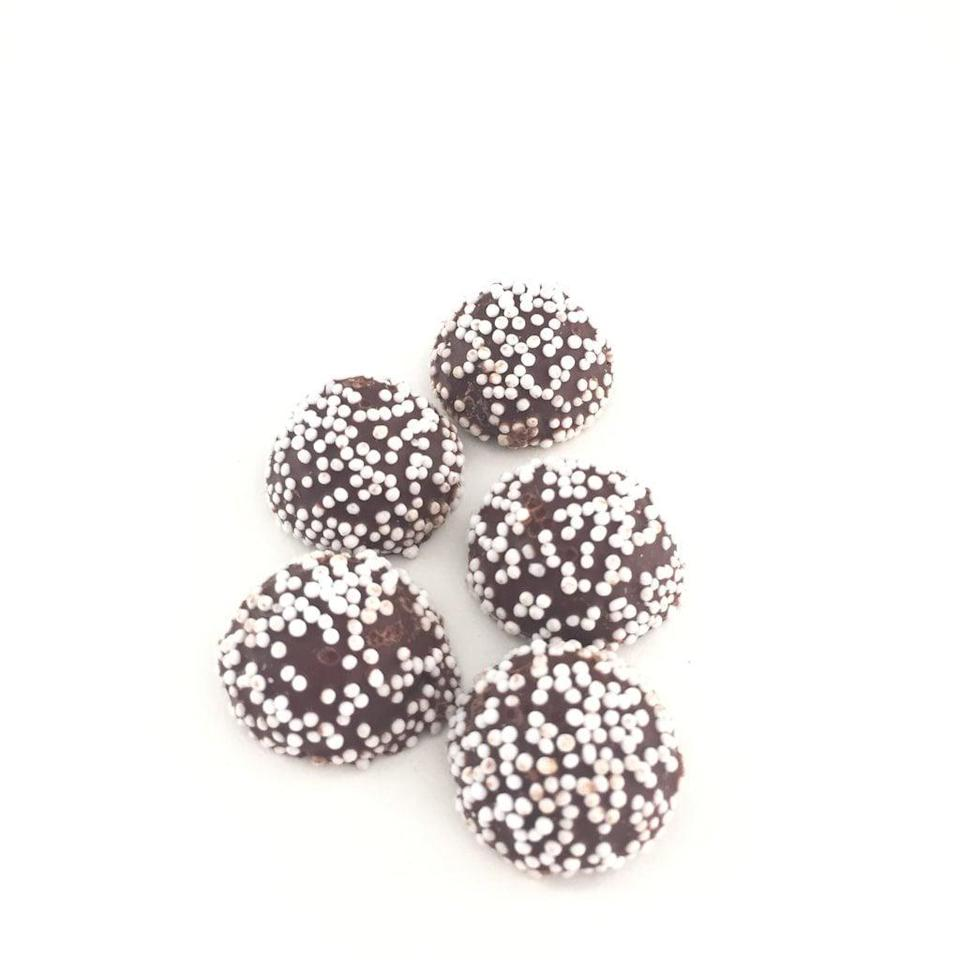 """<p>""""I thought these were like Sno-Caps - nope!""""<br> """"Chocolate is so good! Really creamy!""""<br> """"Tastes like detergent.""""</p> <p> </p> <div class=""""review-rating""""> <br> </div>"""
