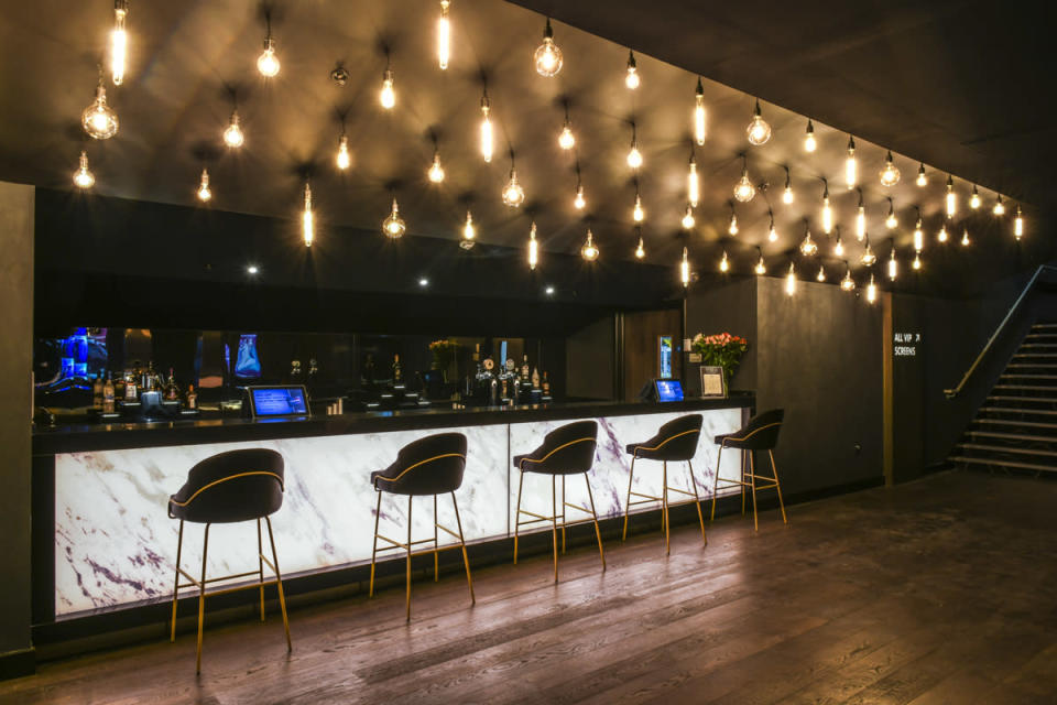 <p>Unlimited cardholders can also enjoy 10% off cinema snacks and drinks, and 25% off food and drinks at six national restaurant partners, including Las Iguanas and Café Rouge, which are both located onsite at The O2. (Cineworld) </p>