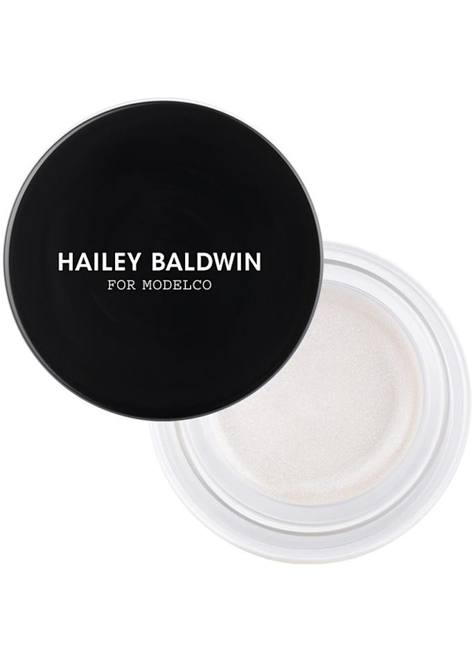 """ModelCo On-The-Glow Highlighter in Spotlight, $36; at <a rel=""""nofollow"""" href=""""https://www.modelcocosmetics.com/shop/cosmetics/face/highlighter/on-the-glow-spotlight"""" rel="""""""">ModelCo</a>"""