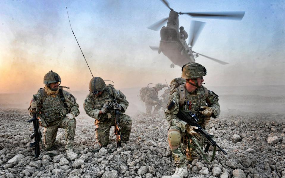 Soldiers from D Company, The Argyll and Sutherland Highlanders, 5th Battalion The Royal Regiment of Scotland, deploy in Helmand on Op Herrick 13. - Rupert Frere RLC/Crown Copyright