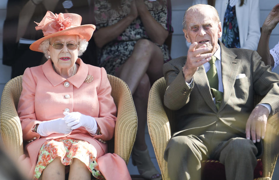 The Queen and Prince Philip have paid tribute to Australians as bushfires continue to rage on in Queensland. Photo: Getty Images