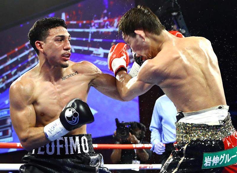 Teofimo Lopez went the distance against Masayoshi Nakatani in a closer fight than expected. (Top Rank)