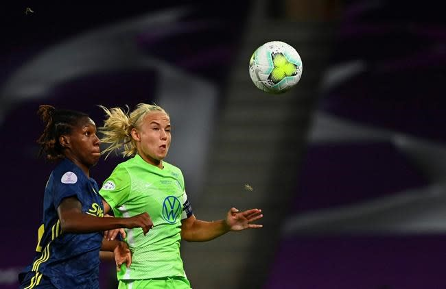 Chelsea women pay 'record transfer fee' for Pernille Harder