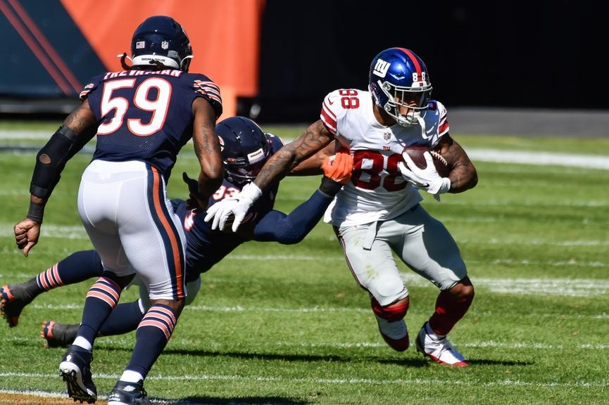 Evan Engram catches a pass against the Bears