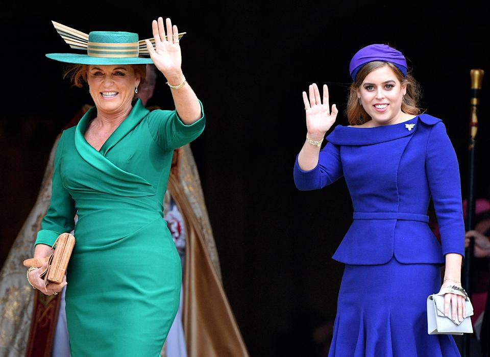 WINDSOR, UNITED KINGDOM - OCTOBER 12: (EMBARGOED FOR PUBLICATION IN UK NEWSPAPERS UNTIL 24 HOURS AFTER CREATE DATE AND TIME) Sarah Ferguson, Duchess of York and Princess Beatrice attend the wedding of Princess Eugenie of York and Jack Brooksbank at St George's Chapel on October 12, 2018 in Windsor, England. (Photo by Pool/Max Mumby/Getty Images)