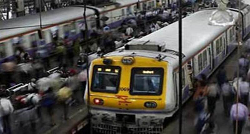 Happy New Year 2019: Special Local Trains on Western Line in Mumbai on New Year Eve